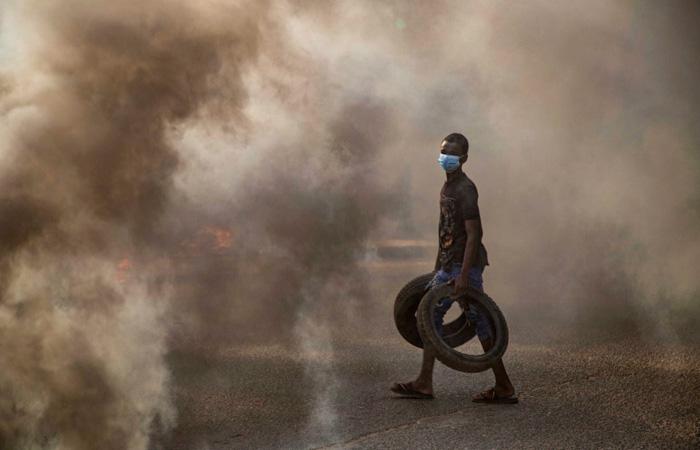 Генерал армии Судана ввел в стране режим чрезвычайного положения