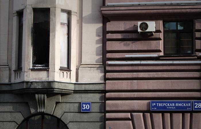 Из-за пожара ограничили движение по 1-й Тверской-Ямской в Москве