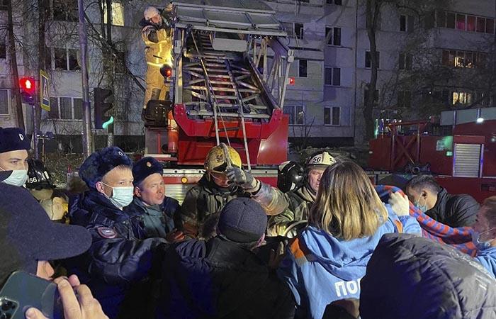 Возбуждено уголовное дело о взрыве газа в жилом доме в Набережных Челнах