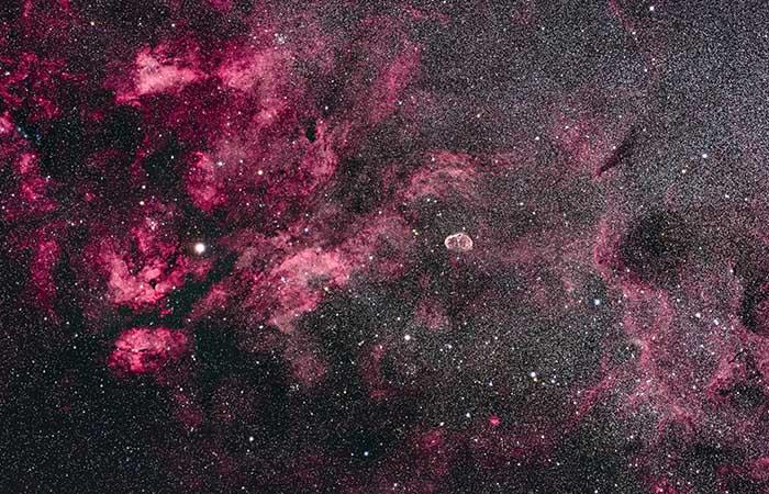 Астрономы нашли возможную экзопланету за пределами нашей Галактики