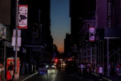 Десятки тысяч жителей Нью-Йорка остались без электричества
